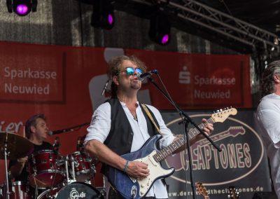Derek and the Claptones-0324