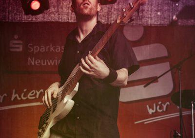 Derek and the Claptones--10
