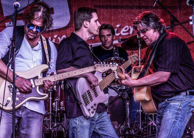 Derek and the Claptones--11